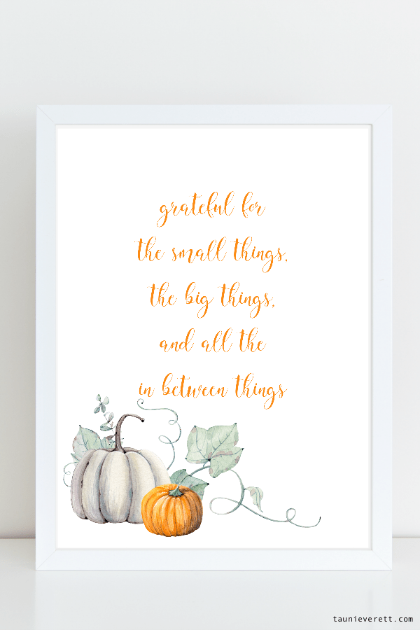 Thanksgiving farmhouse style watercolor art prints available for immediate download. #thanksgiving #printable #farmhouse
