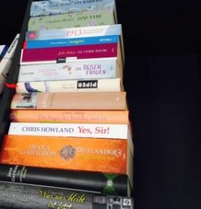 Mein Stapel ungelesener Bücher (SuB). Mit diesen Werken starte ich ins neue Jahr.