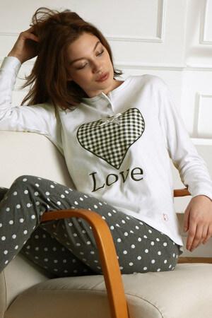 Teplý model pyžama na zimu Winter Love