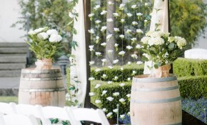 25 Chic And Easy Rustic Wedding Arch Ideas For Diy Brides with regard to 14 Clever Ways How to Upgrade Country Backyard Wedding Ideas