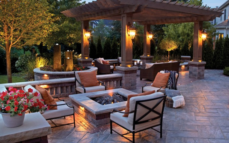 Backyard Fire Pits That Heat Up Your Landscape in Backyard Design Ideas With Fire Pit