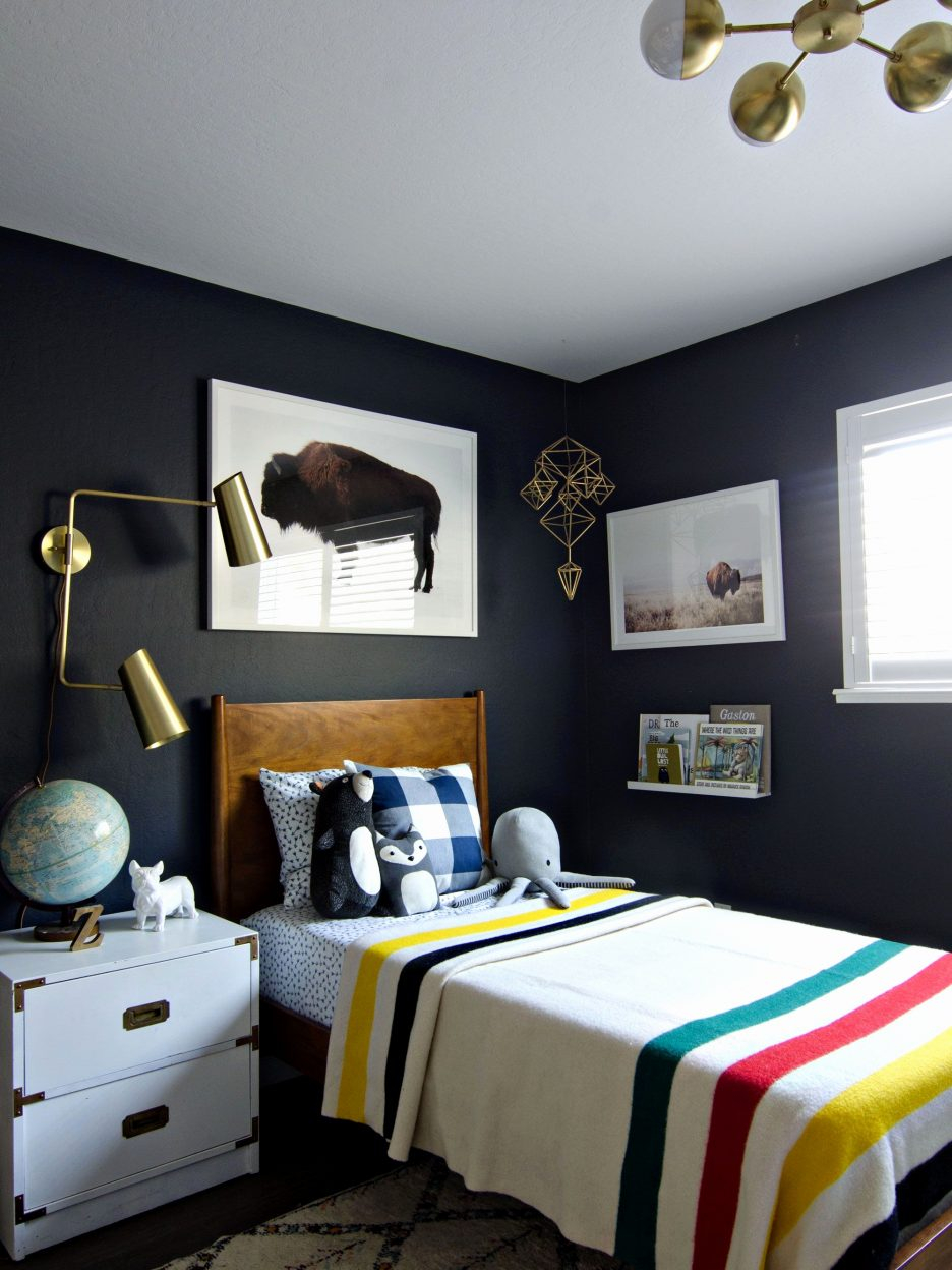Contemporary Bedroom Furniture Cool Mens Bedroom Male Apartment with regard to Modern Mens Bedroom
