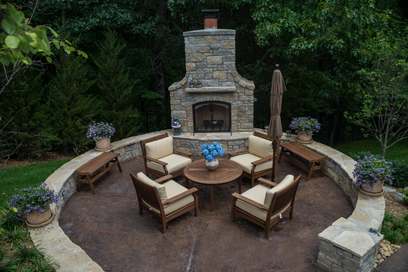 Wooded Backyard Landscaping Design Poynter Landscape intended for 11 Awesome Ideas How to Makeover Wooded Backyard Ideas