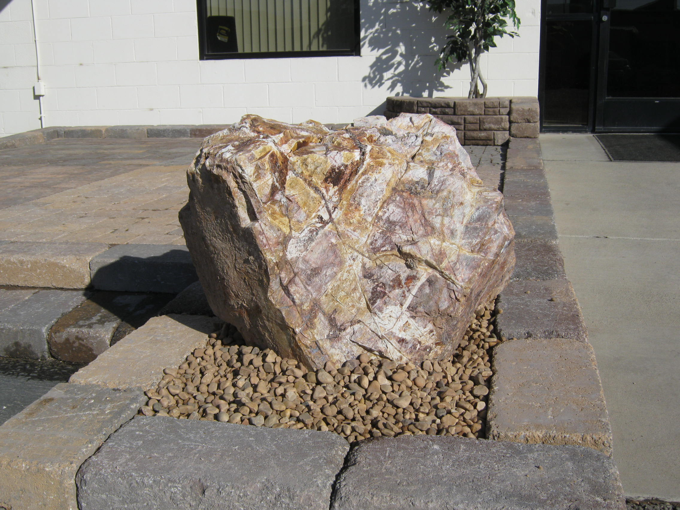 Decorative Rocks For Landscaping 3 Backyard Design Ideas Parsons throughout 15 Clever Initiatives of How to Build Decorative Stones For Backyard
