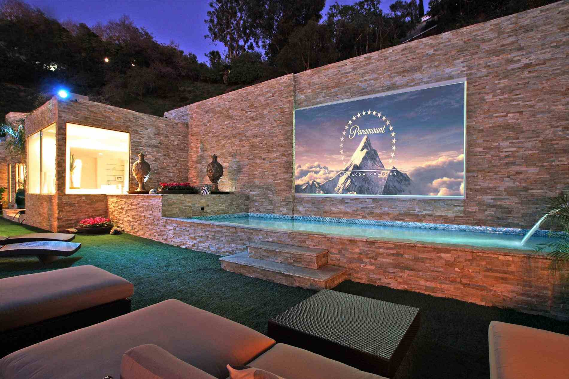 Designs Diy Backyard Theater Ideas Backyard Theater Ideas On Outdoor pertaining to 14 Clever Ideas How to Make Backyard Theater Ideas
