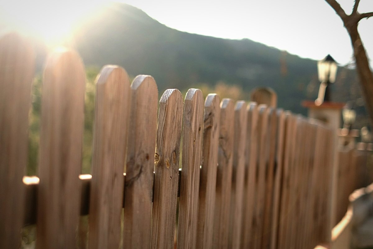 How Much Does It Cost To Fence In Your Yard Spending Us News with regard to Pricing For Fencing For A Backyard