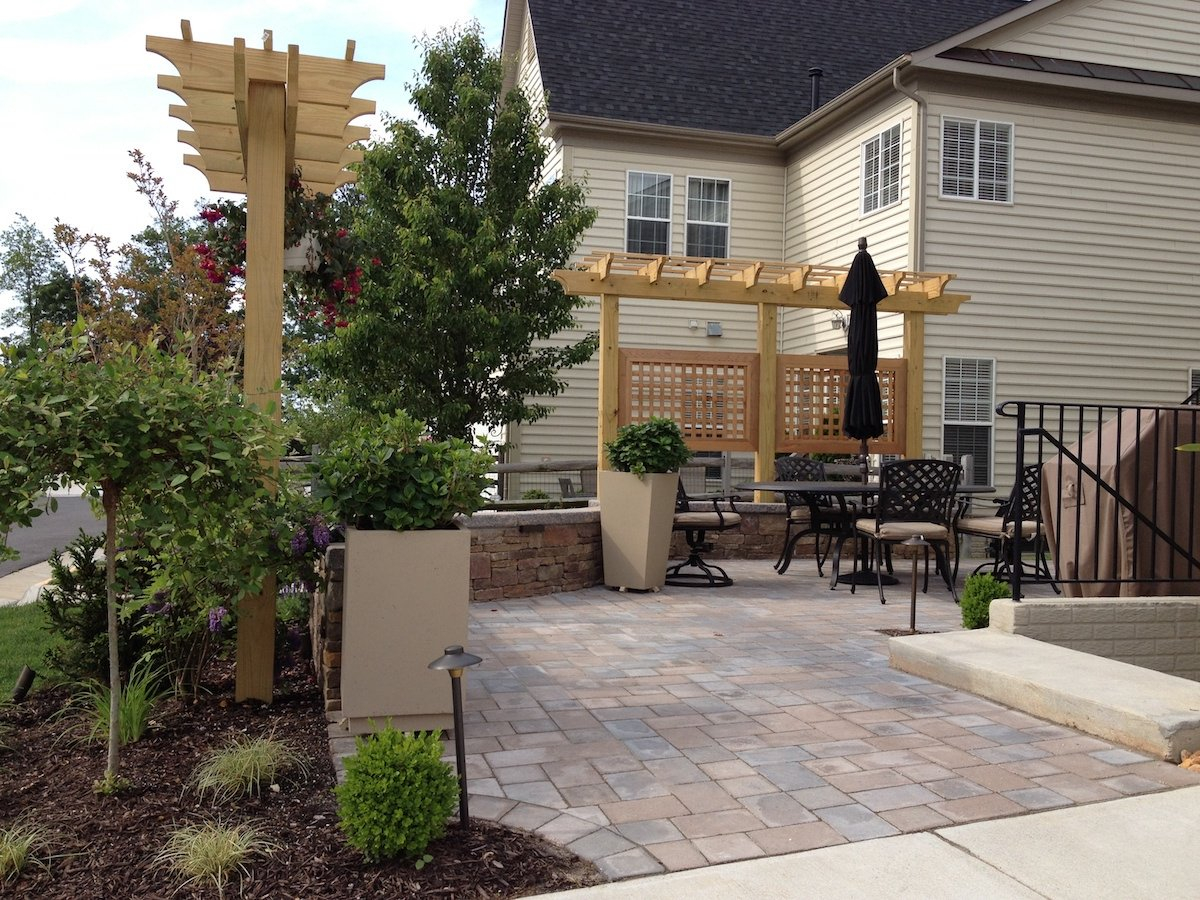4 Privacy Screen Ideas For Backyards Of Any Size throughout 12 Smart Designs of How to Craft Backyard Ideas For Privacy