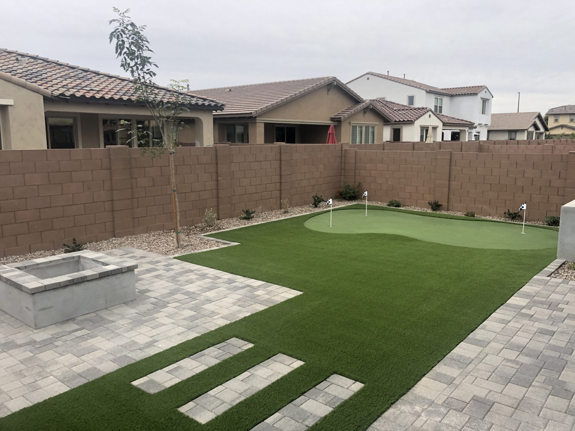 Check It Out Outdoor Putting Green In Arizona Backyard Landscape regarding 10 Genius Tricks of How to Craft Arizona Backyard Landscape