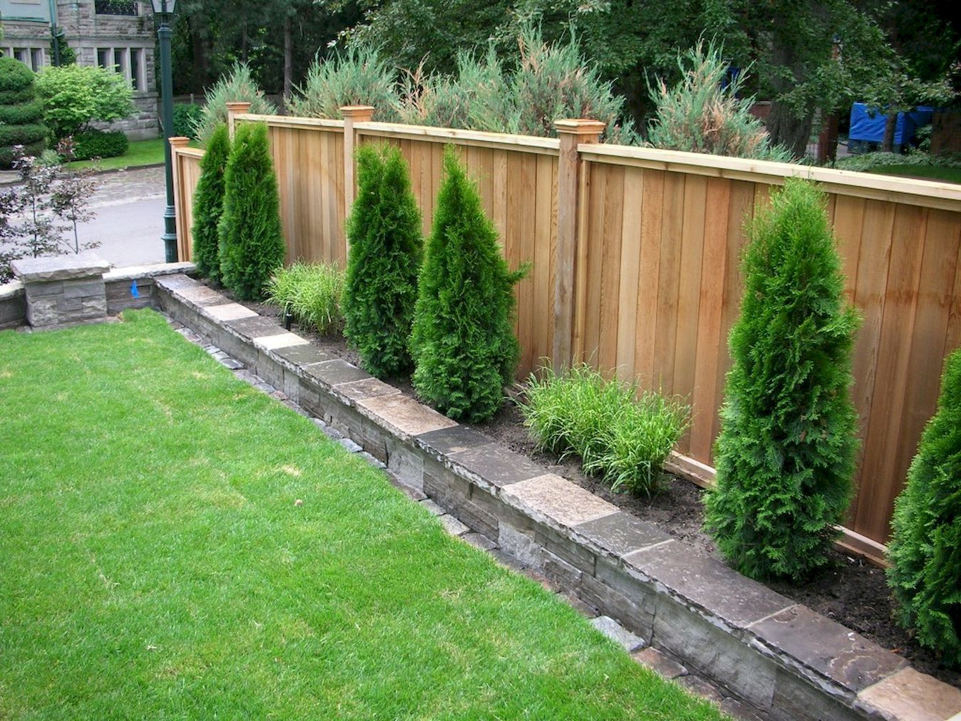 Outdoors Affordable Backyard Fence Ideas For Your Best Outdoor with regard to 10 Smart Ideas How to Upgrade Cheap Backyard Fencing