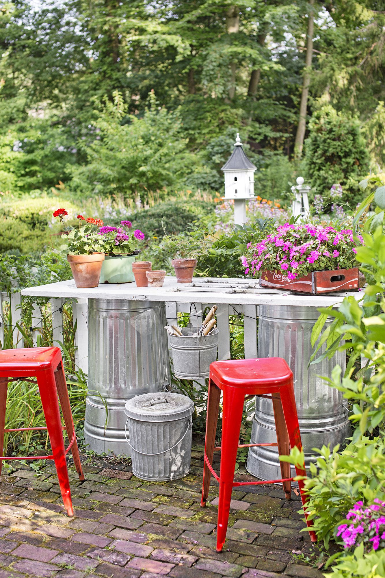 15 Smart Ways How To Improve Diy Backyard Decorating Ideas intended for 12 Awesome Concepts of How to Upgrade Backyard Decorating