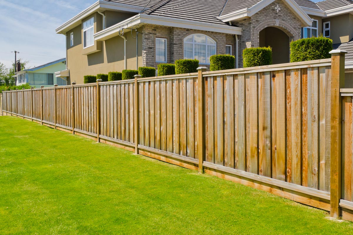 2019 Fencing Prices Fence Cost Estimator Per Foot Per Acre regarding Backyard Fencing Cost