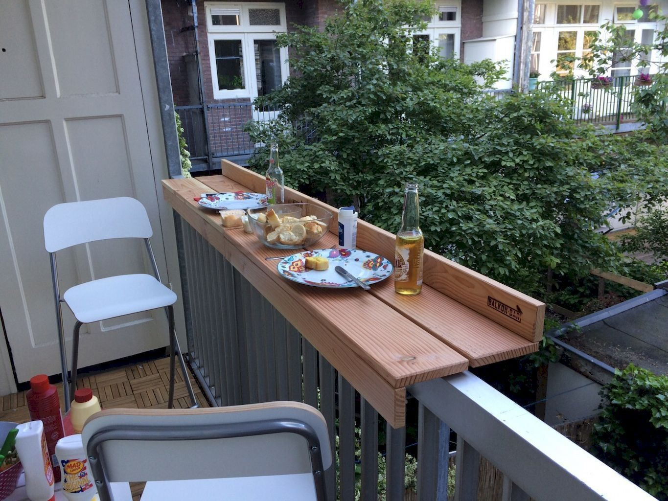 24 Ways To Make The Most Of Your Tiny Apartment Balcony for Small Patio Backyard Ideas