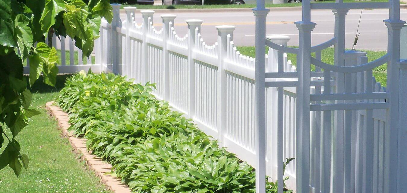 Americas Backyard Chicagolands Fences And Decks within 14 Clever Initiatives of How to Build Fence For Backyard