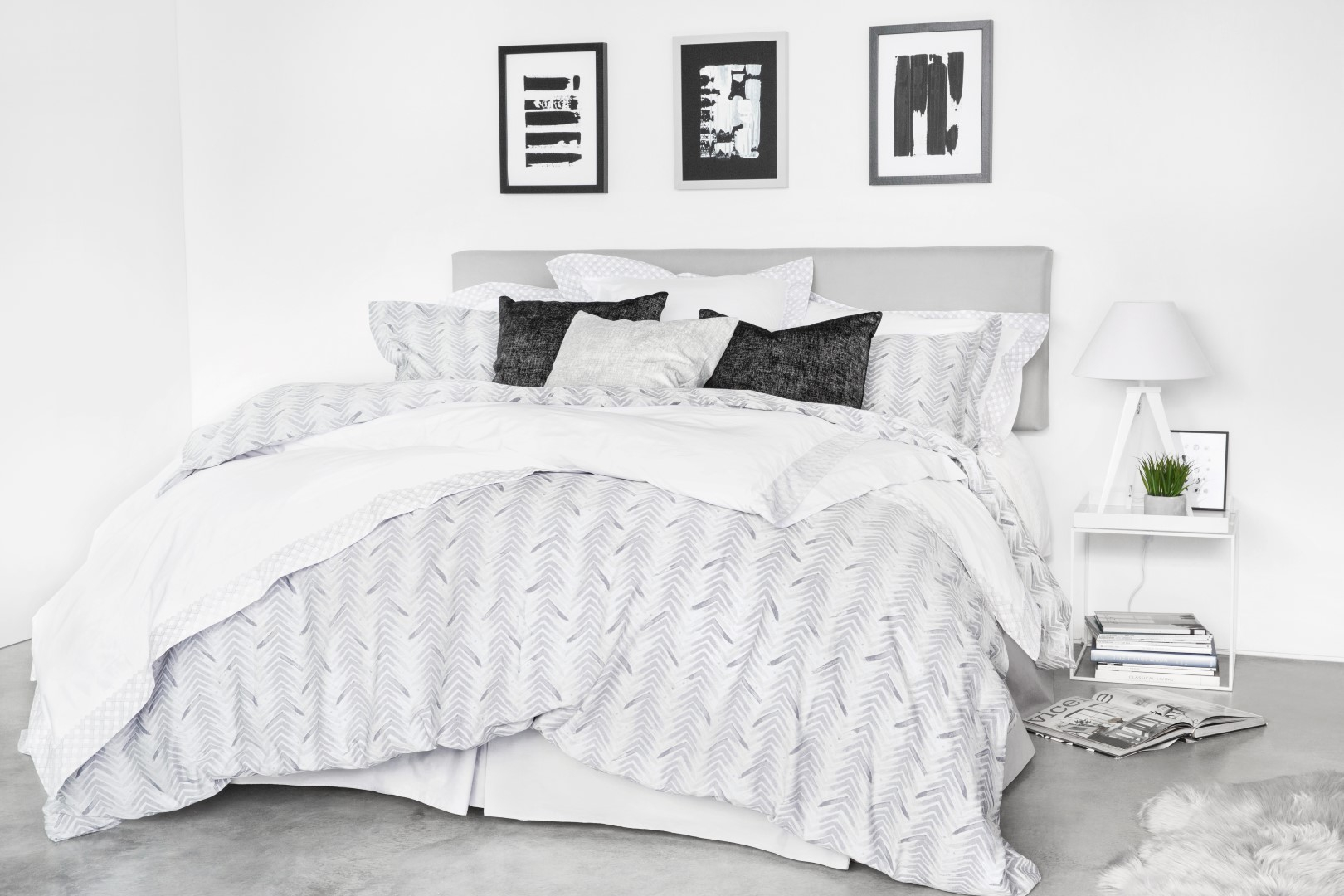 Bedroom Decorating Ideas 20 Must See Styles For Your Bedroom inside 15 Awesome Ways How to Makeover Modern Bedroom Ideas