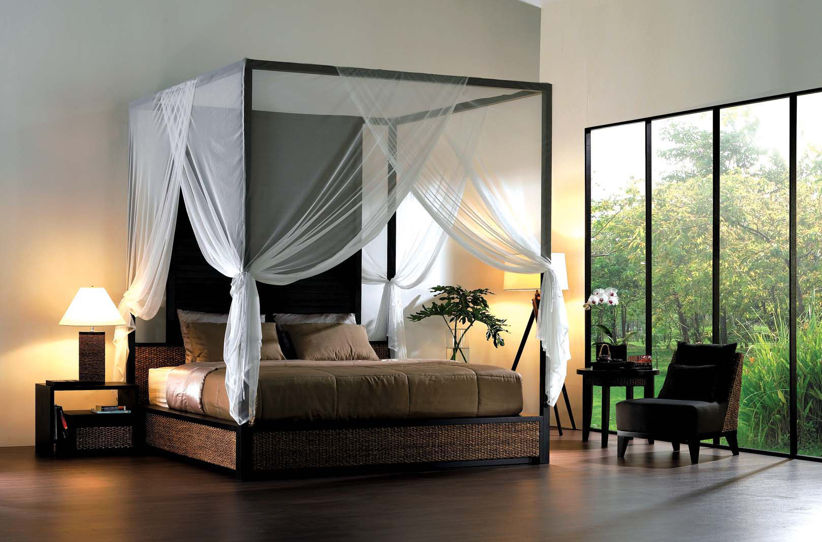 Bedroom Elegant And Traditional Style Of Canopy Bedroom Sets pertaining to 15 Awesome Tricks of How to Improve Modern Canopy Bedroom Sets