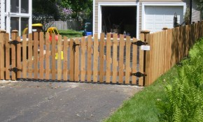 White Picket Fence Landscaping Ideas With Driveway Gate Picket with regard to 13 Smart Designs of How to Makeover Backyard Fence Gate