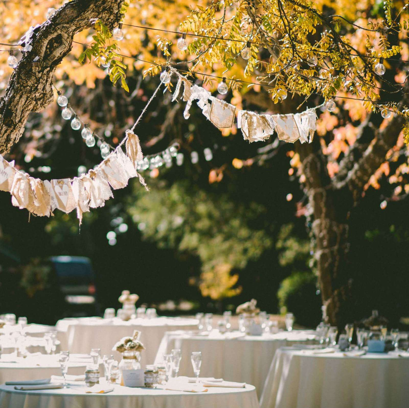25 Intimate Small Wedding Ideas And Tips Shutterfly with regard to Backyard Bbq Wedding Ideas On A Budget