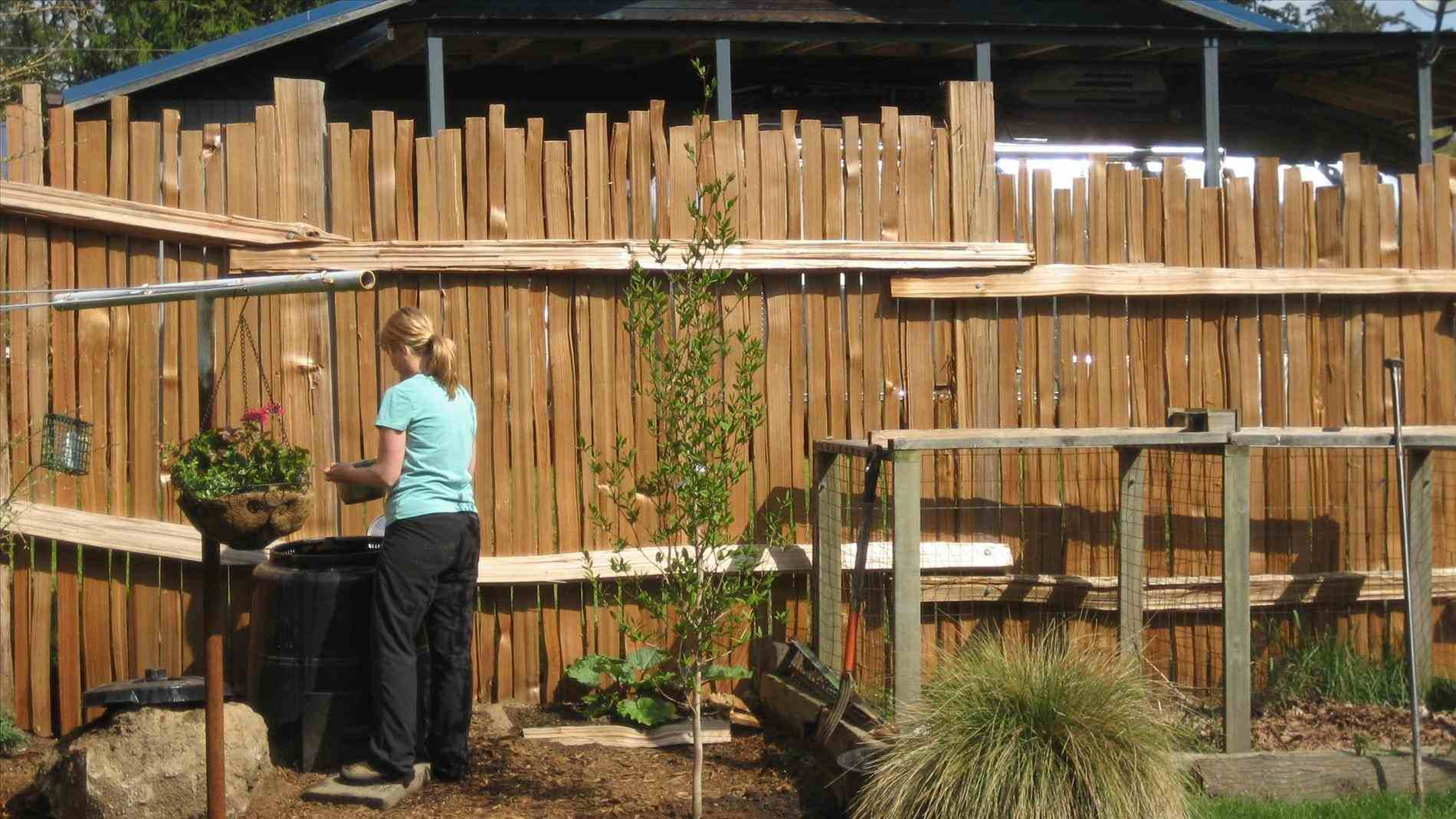 Cool Fence Ideas For Backyard Front Yard Landscape Fence in 12 Genius Initiatives of How to Upgrade Cool Fence Ideas For Backyard