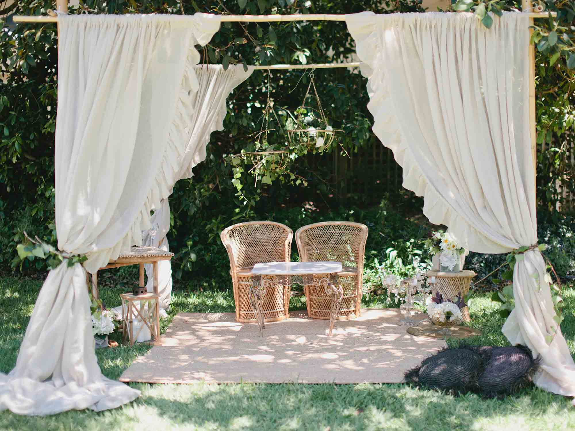 How To Decorate Your Backyard For An Engagement Party throughout 13 Some of the Coolest Ways How to Upgrade Backyard Engagement Party Decorations