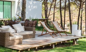 Lounge Worthy Backyard Ideas in 12 Awesome Concepts of How to Build Backyard Lounge Ideas