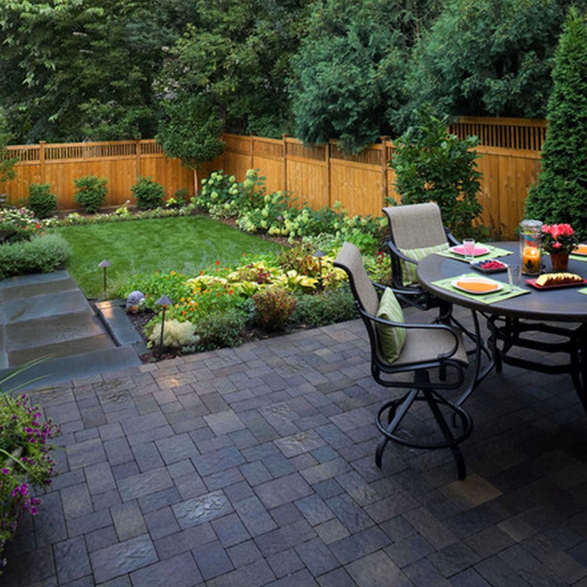 11 Clever Tricks of How to Upgrade Small Backyard Ideas ...