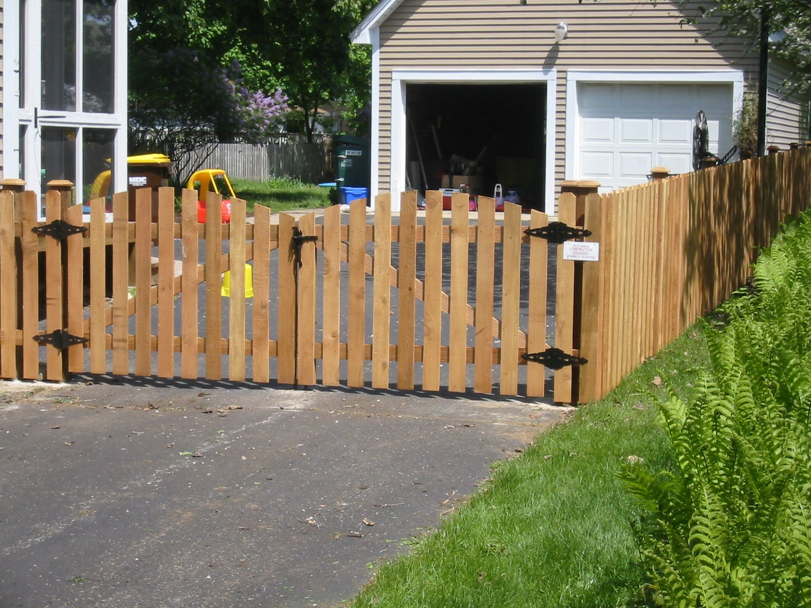 White Picket Fence Landscaping Ideas With Driveway Gate pertaining to Backyard Fence Door