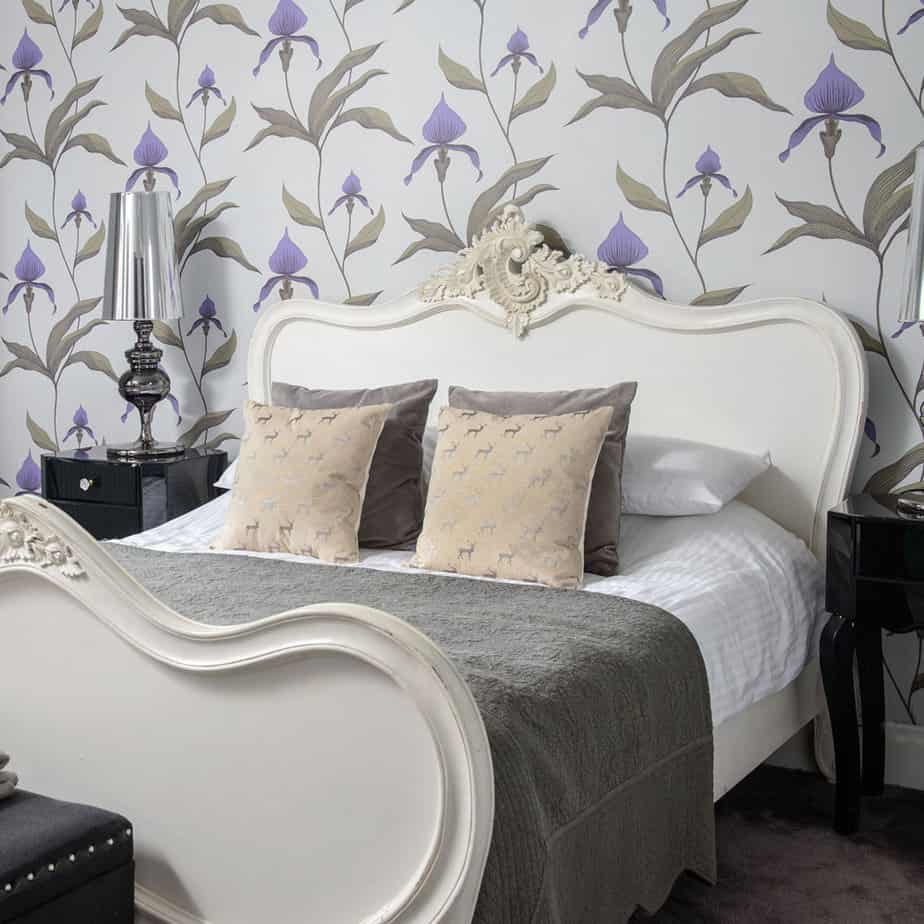 10 Lovely Wallpaper Designs For Bedrooms 98 on Home Decoration Ideas for Wallpaper Designs For Bedrooms