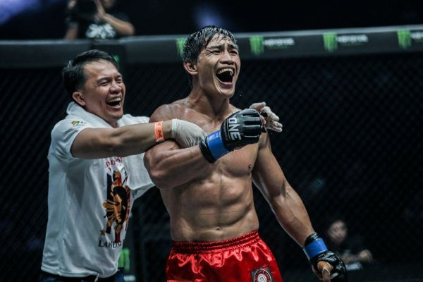 Eduard Folayang of Team Lakay
