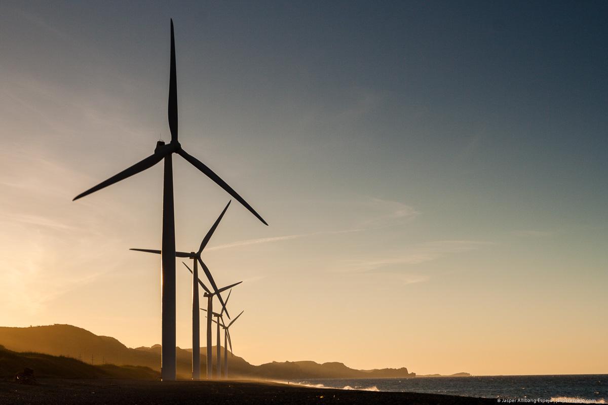 Bangui wind turbines (photo by Jasper Espejo)