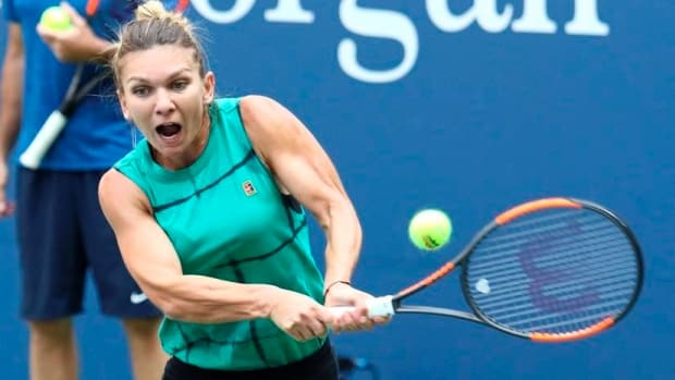 TOP-SEEDED SIMONA HALEP REACHES SEMIFINALS AT ITALIAN OPEN