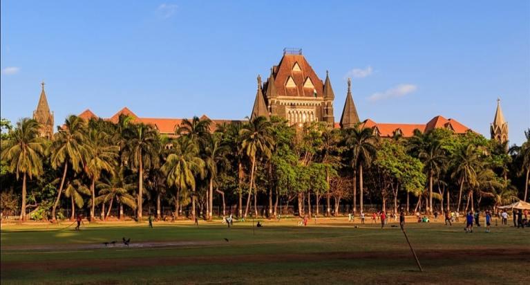 Bombay High Court hears Arnab Goswami's habeas corpus plea