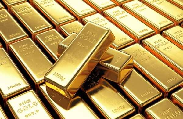 Gold prices surge at MCX for April contracts
