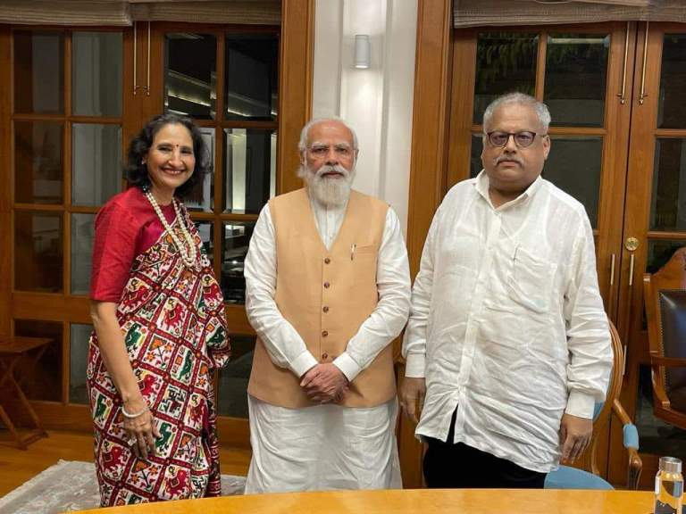 """""""Delighted to meet the one and only Rakesh Jhunjhunwala…lively, insightful and very bullish on India.""""PM Modi Says"""