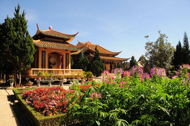 Thiền Viện Trúc Lâm Đà Lạt- hinh 11