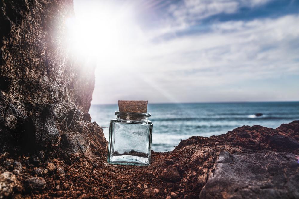 madeira-bottles-cliff-vorher2