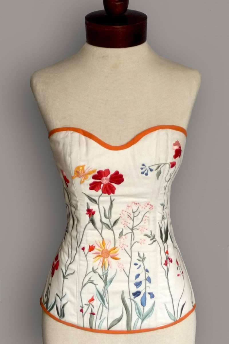 Garden Form-Fitting Embroidered Linen Corset