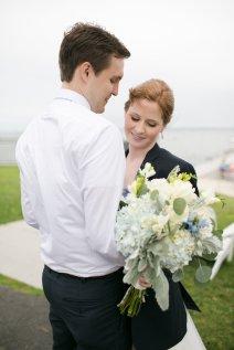 taylorlaurenbarker-juliamike-larchmontshoreclub-wedding-14