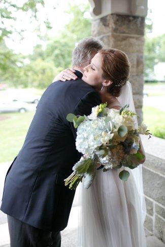 taylorlaurenbarker-juliamike-larchmontshoreclub-wedding-34