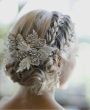 stunning winter wedding hairstyles