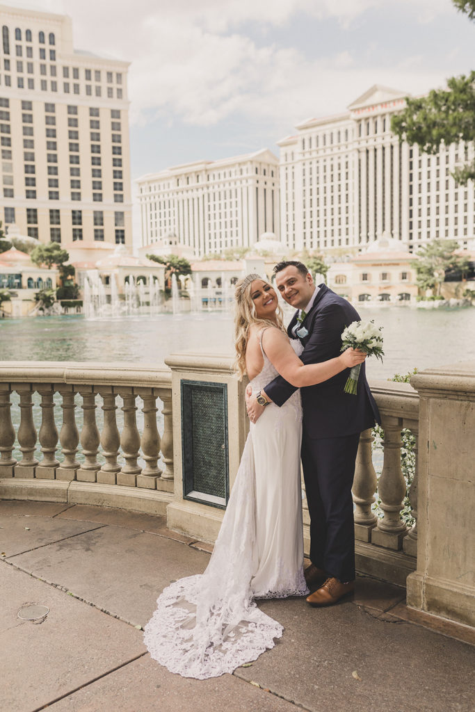 Las Vegas wedding portraits by NV elopement photographer Taylor Made Photography