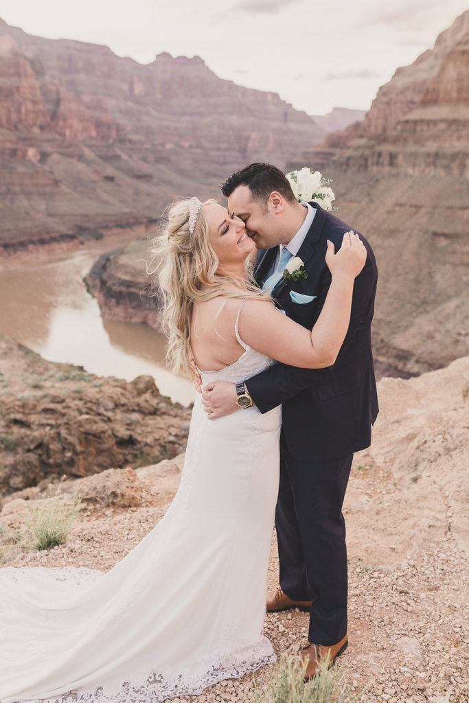 wedding portraits in the Grand Canyon with Taylor Made Photography