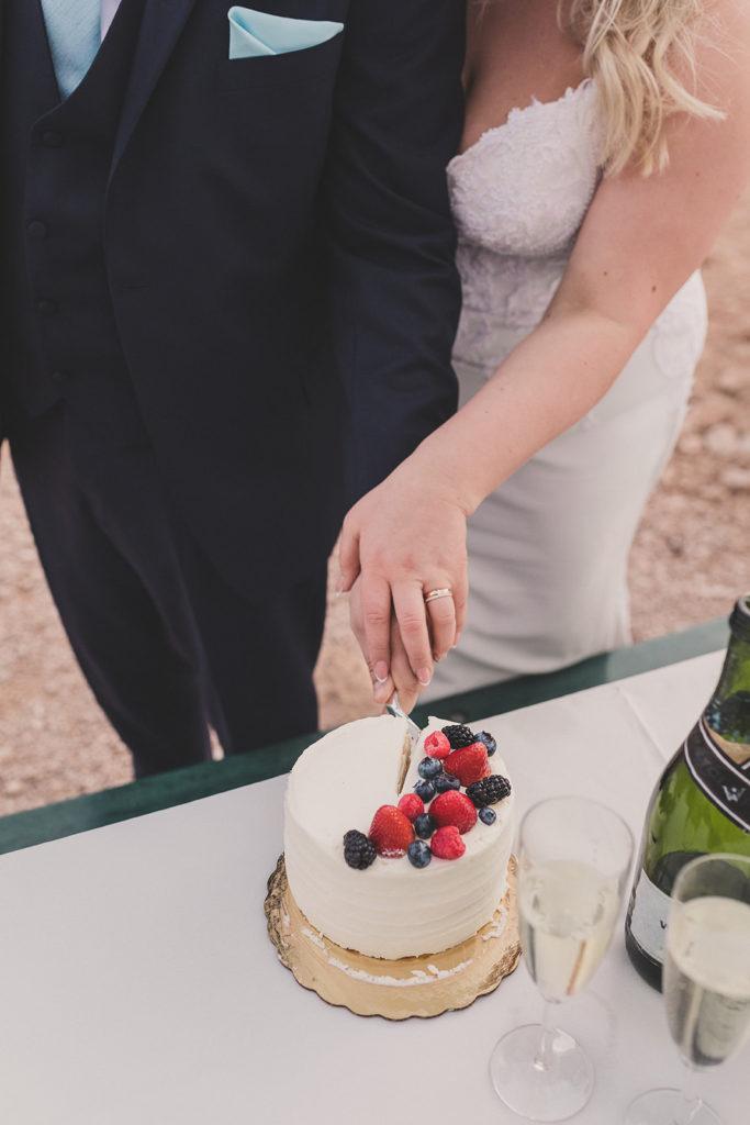 cake cutting on wedding day in Las Vegas