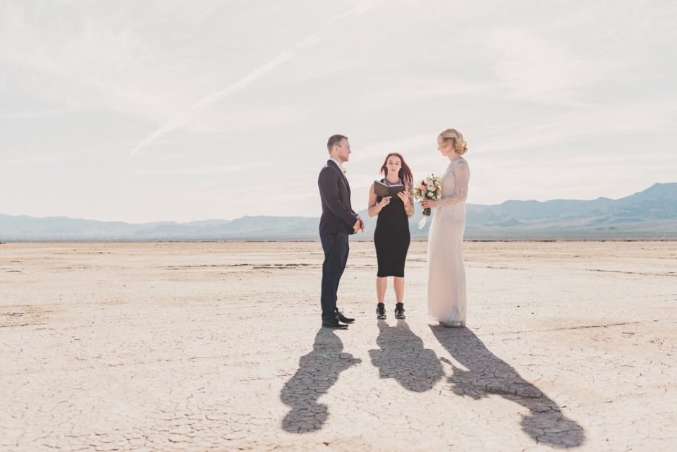 intimate El Dorado Dry Lake Bed elopement photographed by Taylor Made Photography