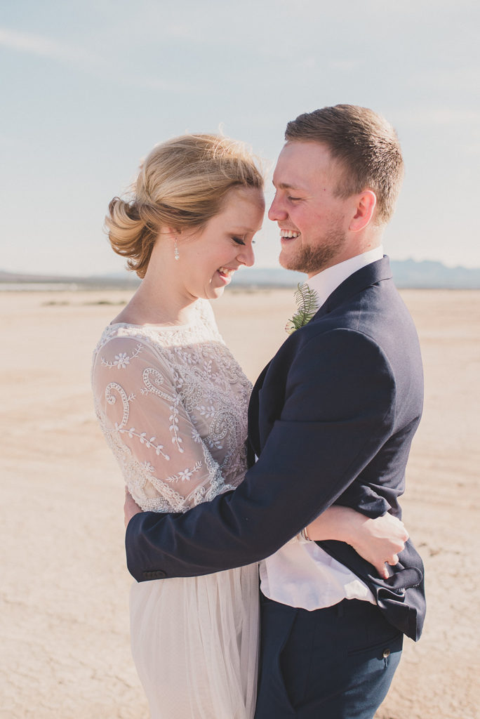romantic Nevada elopement photographed by Taylor Made Photography