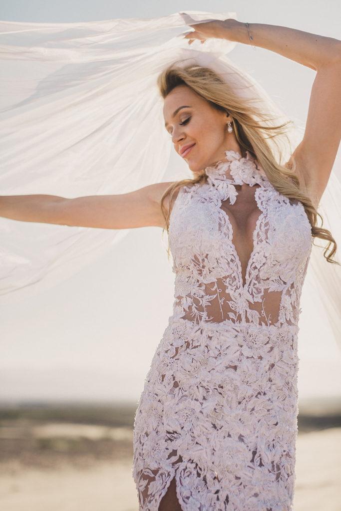 Taylor Made Photography captures Las Vegas bride