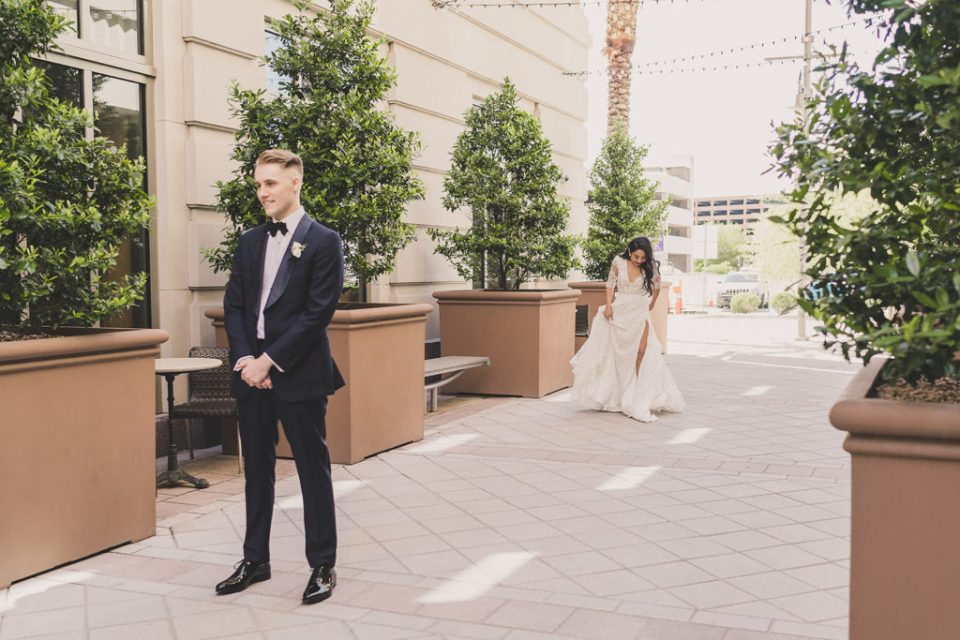 first look in Las Vegas photographed by Taylor Made Photography