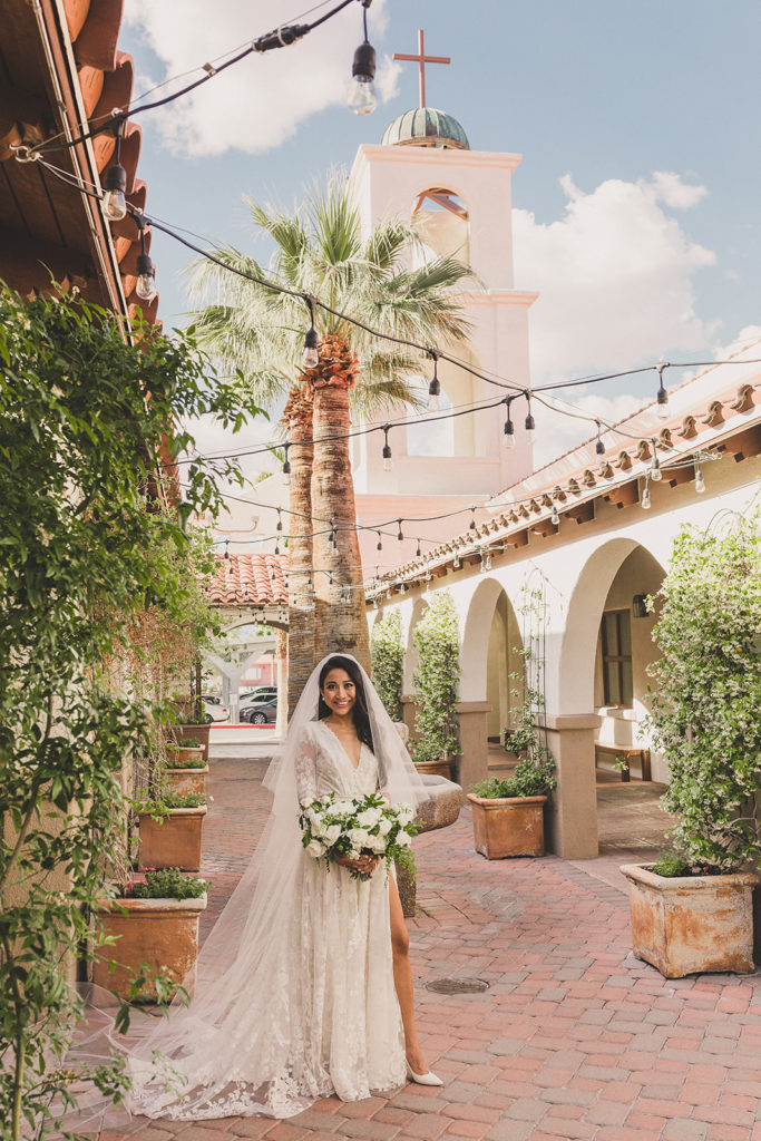 bridal portraits in Las Vegas by Taylor Made Photography