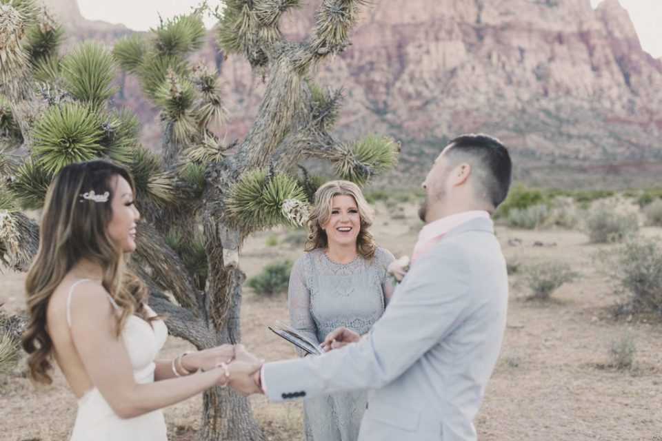 Desert Elopements officiates wedding ceremony with Taylor Made Photography
