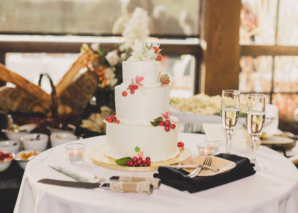 wedding cake by Cake de Fleur for Freestone Lodge wedding