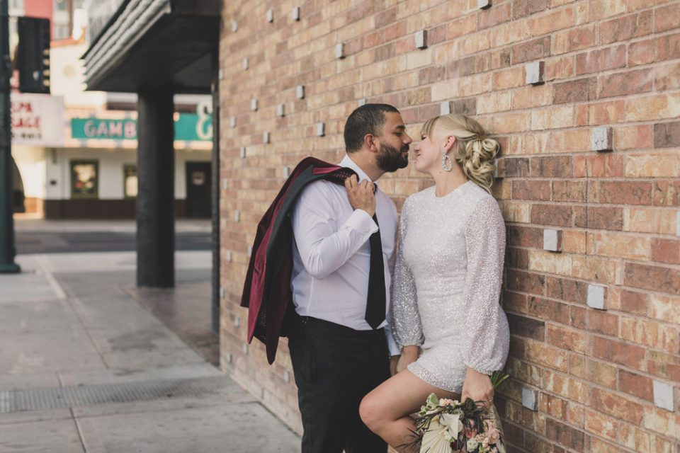 romantic wedding portraits in Las Vegas